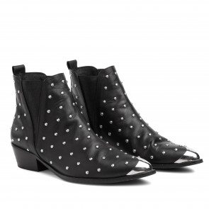 London Boot Black Studs